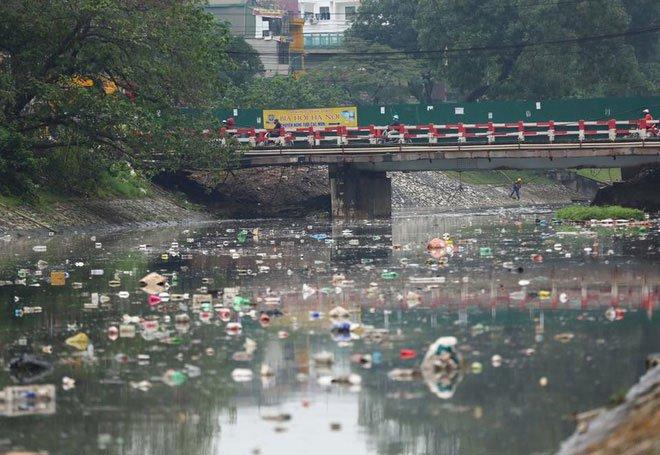 Chỉ 3 ngày làm bay mùi hôi sông Tô Lịch: Công nghệ Nhật sẽ đặt dưới đáy sông là gì?