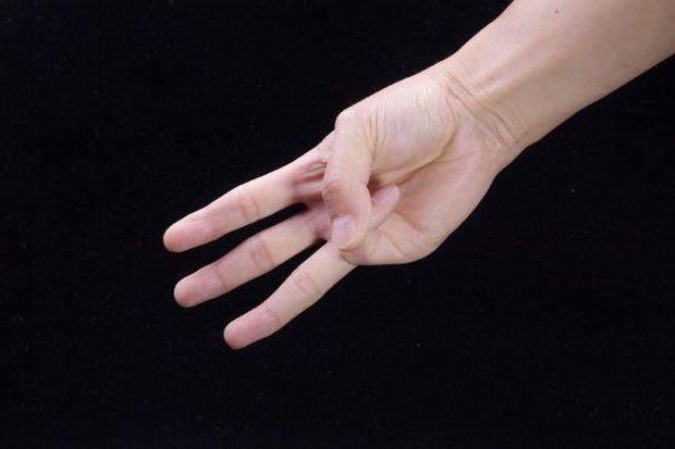 Chỉ với 3 ngón tay, bạn có thể tự kiểm tra xem mình đang có nguy cơ mắc bệnh ung thư hay không