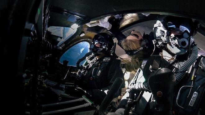 Chia sẻ của người phụ nữ đầu tiên vào vũ trụ bằng tàu thương mại