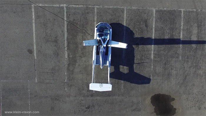 Chiếc ô tô có thể biến hình thành máy bay chỉ trong 3 phút