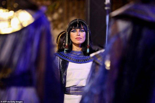 Choáng ngợp diễu hành xác ướp 3.000 tuổi của hoàng gia Ai Cập