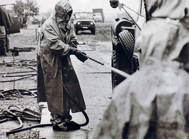 Chuyện gì sẽ xảy ra nếu lúc này bạn đến sống tại Vùng đất chết Chernobyl?