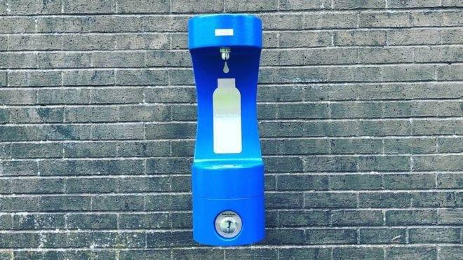 Cỗ máy này chính là giải pháp tuyệt vời mà xứ Wales đã dùng để giảm nhựa trên toàn quốc gia