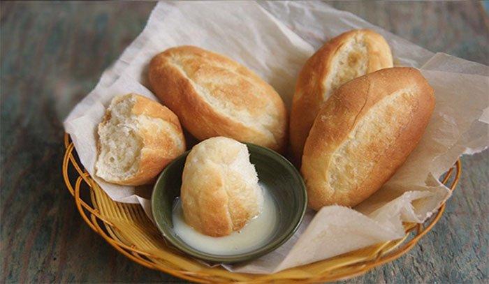 Có nên ăn bánh mỳ chấm sữa?