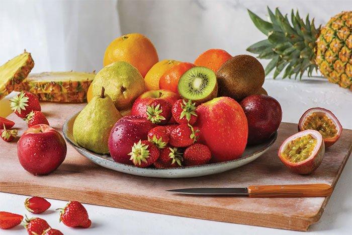 Có nên ăn trái cây khi bụng rỗng?
