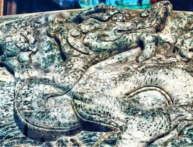 Cổ vật nhọ nhất lịch sử: Làm từ 3,5 tấn ngọc quý nhưng bị đem vào chùa muối dưa