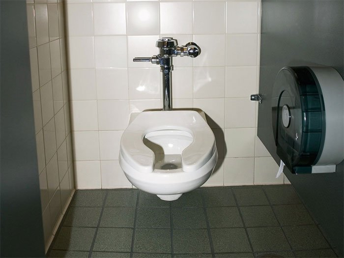Covid-19 giúp chúng ta nhận ra nhà vệ sinh đã quá lạc hậu