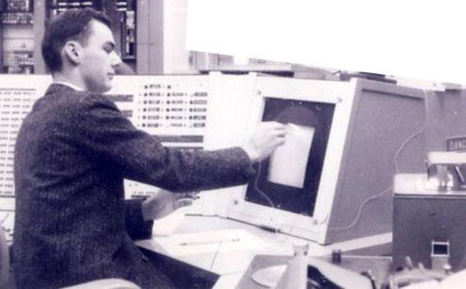 Cụ tổ của Internet qua đời ở tuổi 81
