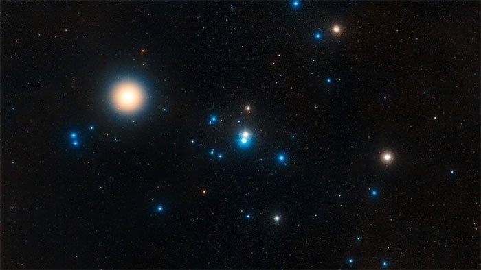 Cụm sao gần Trái đất nhất sắp diệt vong