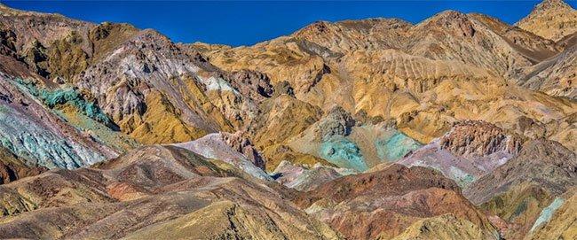 Đá tự di chuyển, cá quỷ và những điều ít biết ở Thung lũng Chết