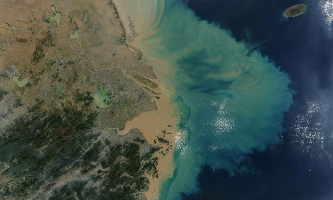 Đại dương nóng lên tương đương mỗi người mở 100 lò vi sóng