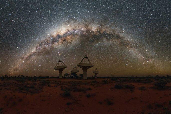Đài thiên văn Úc bắt được hàng ngàn tín hiệu vô tuyến từ thiên hà khác