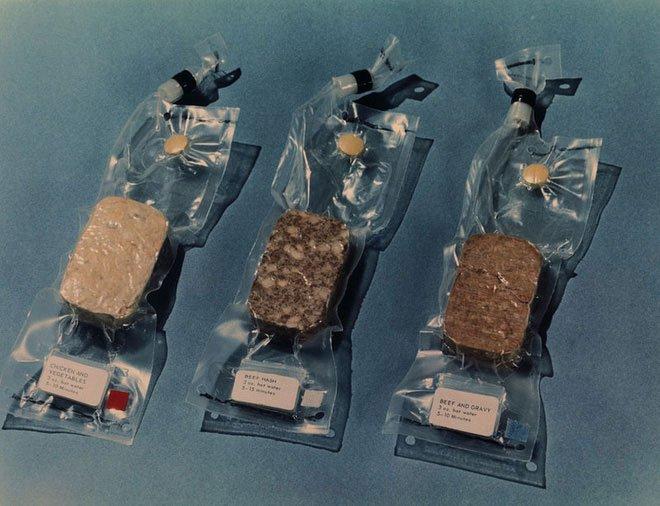 Đi tìm thực phẩm cho thế giới hậu tận thế: Loại thức ăn nào có thể tồn tại sau 2000 năm?