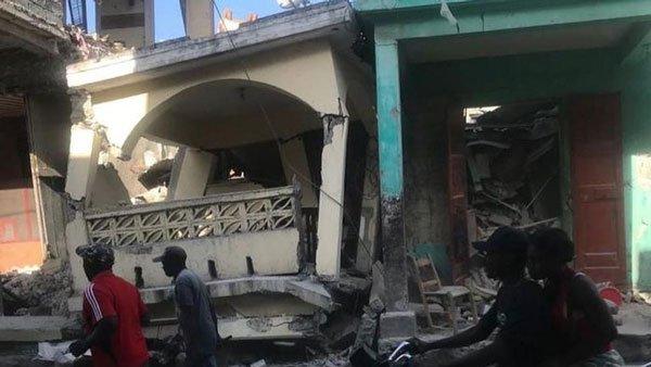 Động đất mạnh gây cảnh báo sóng thần ở Haiti