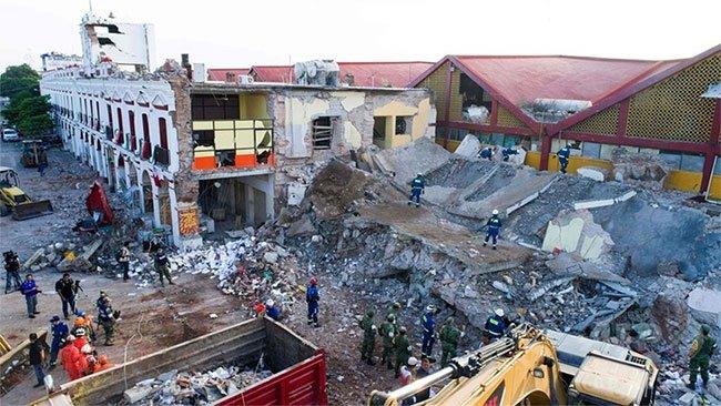 Động đất Mexico xé rách đôi một mảng kiến tạo