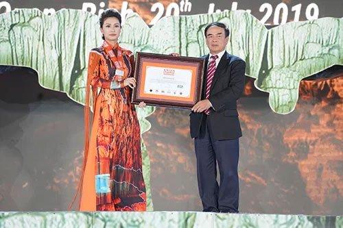 Động Thiên Đường nhận thêm kỷ lục của châu Á