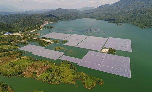 Dự án điện mặt trời Đa Mi sử dụng phao nổi Made in Vietnam