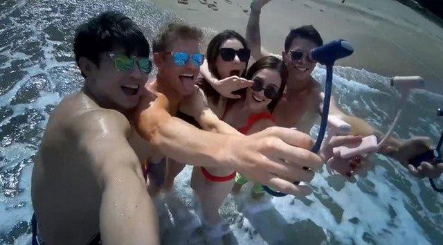 Dụng cụ thần thánh có thể bao trọn ảnh selfie