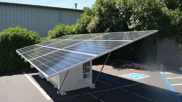 Giải pháp ứng phó thiên tai của tương lai: Một container chứa đủ điện cho 3 hộ gia đình cùng dùng