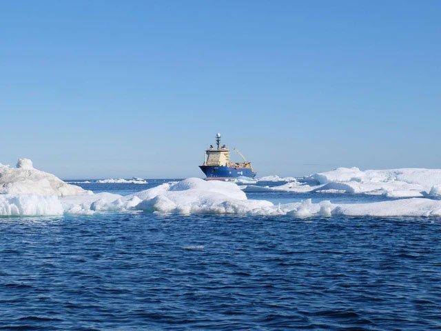 Google, Facebook đặt hàng nghìn dặm cáp quang dưới đáy biển như thế nào?