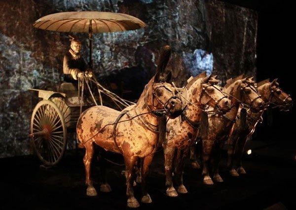 Haicỗ xe ngựabằngđồng lớn nhất trong lăng mộ Tần Thủy Hoàngsống động đến kinh ngạc