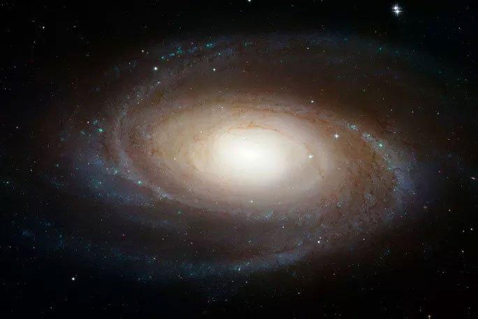Hành tinh từ thiên hà khác liên tục phát sóng vô tuyến đến Trái đất?