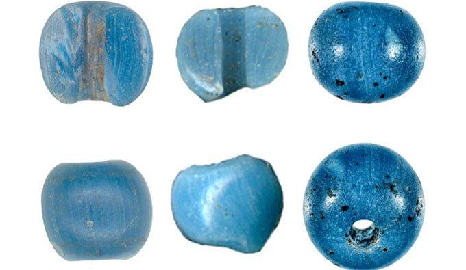 Hạt thủy tinh xanh châu Âu đầu tiên đưa tới Bắc Mỹ