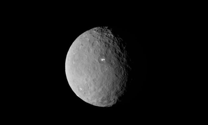 Hệ Mặt trời từng có tiểu hành tinh rộng 1.800km