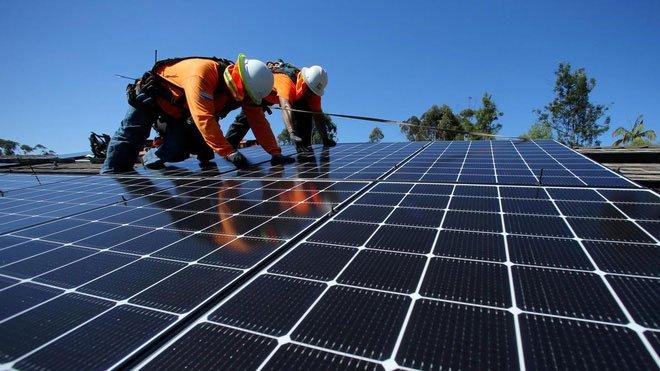 Hệ thống 3 trong 1: Sử dụng năng lượng Mặt trời để sản xuất điện và khử muối trong nước