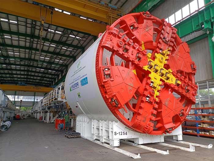 Hình ảnh robot đào hầm tuyến đường sắt đô thị Nhổn-ga Hà Nội