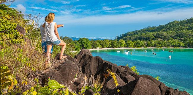 Hòn đảo kỳ lạ cho phép chúng ta chiêm ngưỡng Kỷ Jura giữa thế kỷ 21