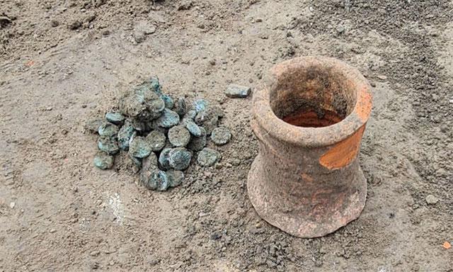 Hũ tiền xu ở thành phố cổ Phanagoria hé lộ vụ tàn phá khốc liệt