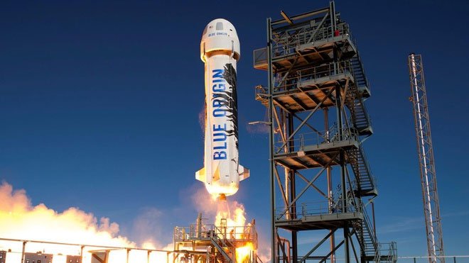 Jeff Bezos phóng tên lửa gửi nghìn lá thư lên vũ trụ