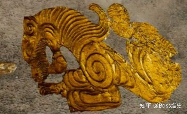 Khai quật ngôi mộ trải vàng ở vùng Tân Cương, phát hiện thi hài chủ mộ thủng một lỗ giữa sọ!