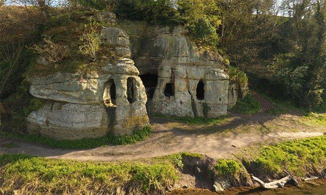 Khám phá ngôi nhà nguyên vẹn cổ xưa nhất nước Anh