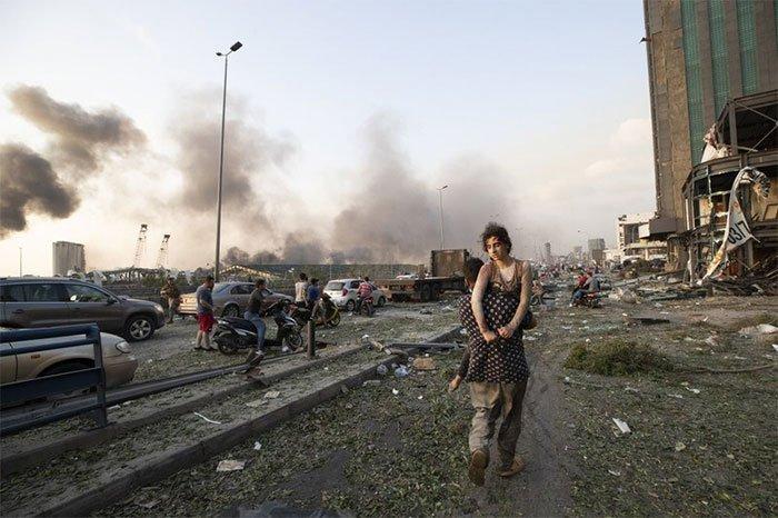 Khung cảnh hậu tận thế tại Beirut sau vụ nổ