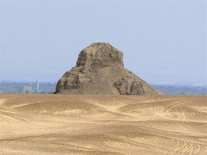Kim tự tháp Đen và bi kịch chìm sâu vào quên lãng: Nghìn năm sau không thoát khỏi thảm cảnh đạo mộ