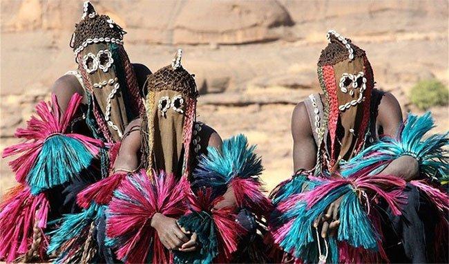 Kinh ngạc bộ tộc ngoài hành tinh có thật trên Trái đất