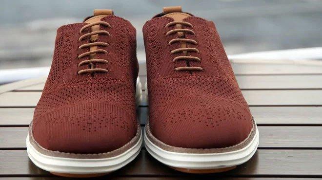 Kỹ sư hóa xử lý bã cà phê làm nguyên liệu sản xuất giày