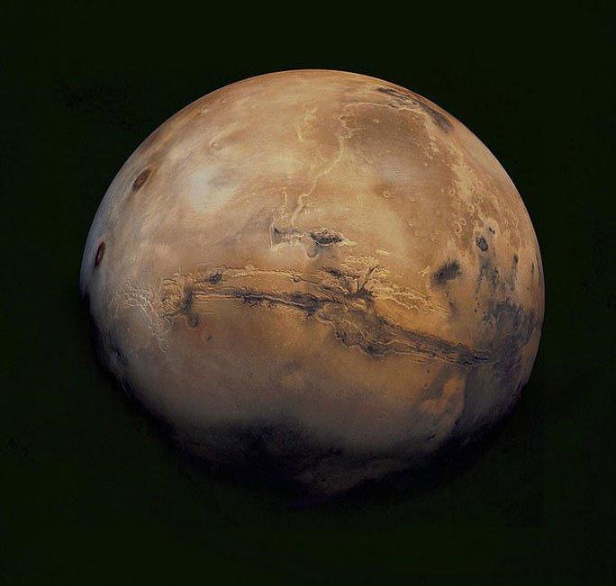 Mảnh vỡ từ một hành tinh khác sống được rơi xuống Sahara
