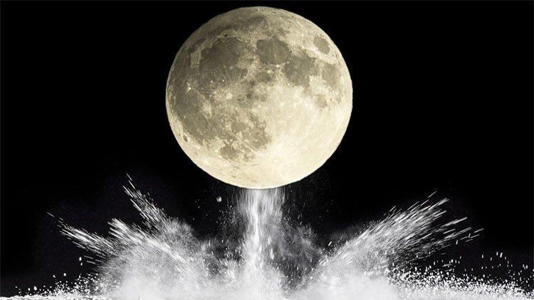 Mặt trăng suýt bị đánh bom nguyên tử như thế nào?
