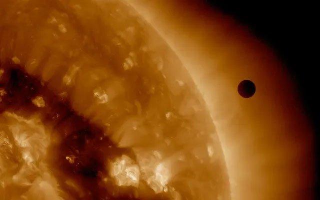 Mặt Trời sưởi ấm Trái đất bằng cách nào?