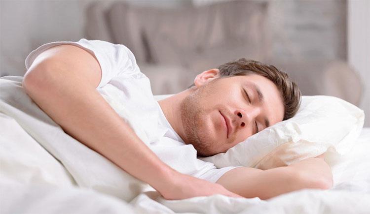 Mẹo ngủ ngon không cần máy lạnh trong thời tiết nóng