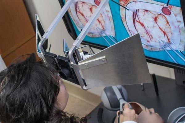 Mổ não cho bệnh nhân qua mạng, bác sĩ Trung Quốc gây sửng sốt