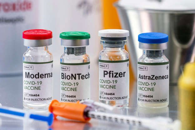 Một người tiêm vaccine Covid-19 của 2 hãng khác nhau có được không?