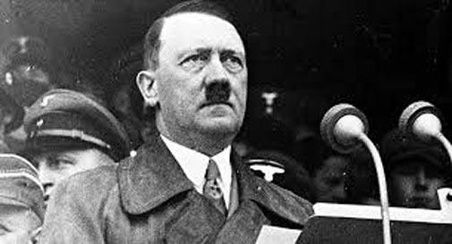 Mười sai lầm lớn nhất trong đời của Hitler