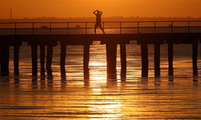 Nắng nóng kỷ lục 50 độ C, cá chết trắng mặt sông ở Australia