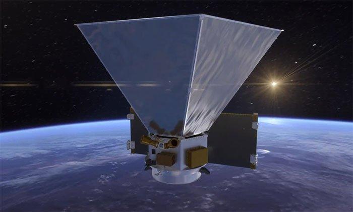 NASA gửi gắm kính thiên văn SPHEREx vào tên lửa SpaceX