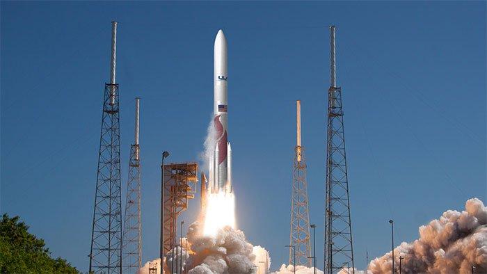 NASA ký hợp đồng lớn với Lockheed Martin sản xuất tàu vũ trụ