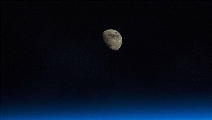 Ngày 5/5/1110 - Mặt trăng biến mất một cách bí ẩn